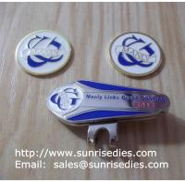 Enamelled metal golf hat clip & ball marker coin