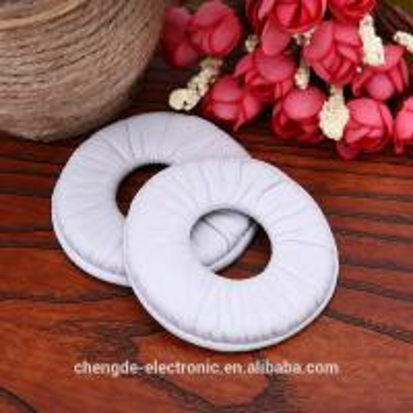 Replacement White frogskin Ear Pad Earpads Soft Foam Cushion For MDR-V150 V250 V300 V100 Headphones