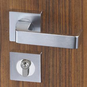 China Easy Installation Mortise Door Lock Zinc Alloy Handle For 38 - 55mm Door on sale