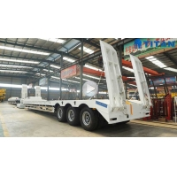 Tri Axle 80 Tons Machine Carriers Hydraulic Low Bed Trailer