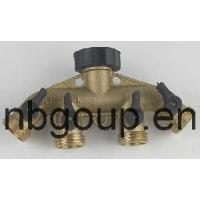China Brass 4 Way Hose Connector with Valve (GU608) on sale