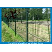 Cheap Triangle Curved Green Metal Wire Mesh Fence Wire Diameter 5.0mm for sale