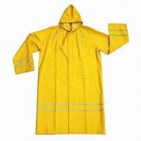 Cheap Raincoat, customized logos and colors are accepted for sale