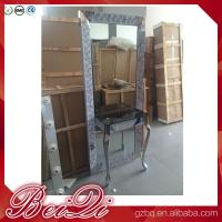 China Dressing table with light mirror used beauty salon furniture gold frame hair salon station mirror on sale
