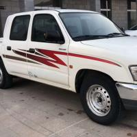 Cheap TOYOTA Hilux 2008 Used Diesel Pickup Trucks 70000km Mileage With 5 Seats for sale
