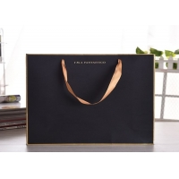 Cheap Luxury gift kraftpaper bag with silk ribbon handle for sale