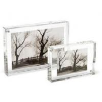 China Crystal Picture Clear Acrylic Frames With Beautiful Shape on sale