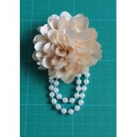 Cheap Corsage in White Flower , Pearl Fabric Flower Corsages with Chiffon Artificial for sale