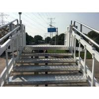 Cheap Safety Towable Passenger Stairs 1960 x 1560 mm Platform For A300 A380 B72 for sale