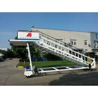 Cheap Portable Airplane Steps Ladder Diesel Driven 2300 To 3600 mm Height for sale