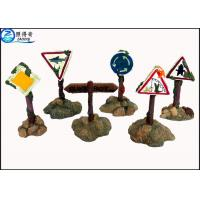 Cheap Colorful Guidepost  Resin Fish Aquarium Ornaments , Commercial Fish Tank Sign Decorations for sale