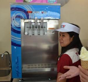 Cheap [Purchased by 7-11]Table top soft ice cream machine/Frozen Yogurt Machine/Helado for sale