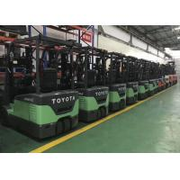 Cheap Original Toyota Used Reach Truck Forklift High Efficiency 1070mm Fork Length for sale