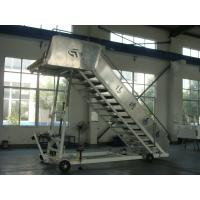 Cheap Heavy Duty Aircraft Boarding Stairs 196 L x 156 W Centimeter Platform Dimension for sale