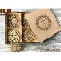 China Christmas Decoration Family Gifts Holiday Gift Ideas Wooden Christmas Ornaments Gifts on sale