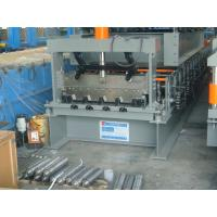 High Speed Running Customized Sheet Metal Decking Roll Forming Machine Controled by PLC System