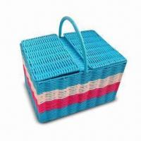 China PP Plastic Picnic Basket with Handle, Customized Sizes and Colors are Welcome on sale