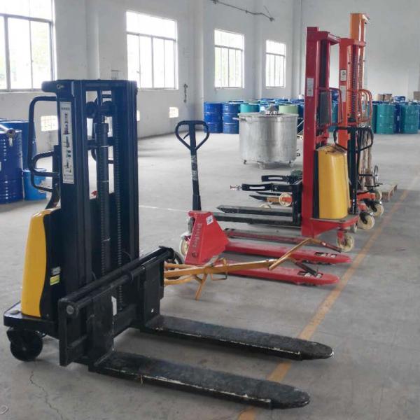 Half Electric Forklift 004.jpg
