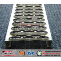 Punching Metal Safety Grating Crocodile Stair Treads With