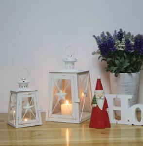 China Christmas moroccan metal candle lantern decorative candle lantern Decoration unique natural Wood lantern on sale