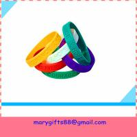 Cheap wholesale gift fashion silicone wristband bangles for sale