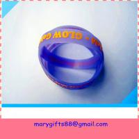 Cheap glow in dark embossed silicone bracelet for sale