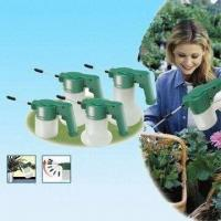 Cheap Bottle Sprayers, Available in Four Different Sizes, Ideal for Indoor and Outdoor Use for sale