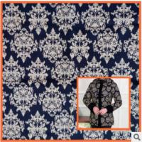 Cheap Middle-aged cotton windbreaker jacket printed fabrics,Mother dress blue and white fabric wholesale