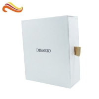 China CMYK Offset Printing 210gsm Cardboard Gift Boxes on sale