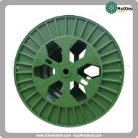Large size reel with flanges obtained from corrugated plate strength and durability