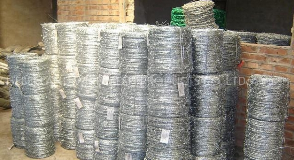 Barbed wire coil of landwiremesh b