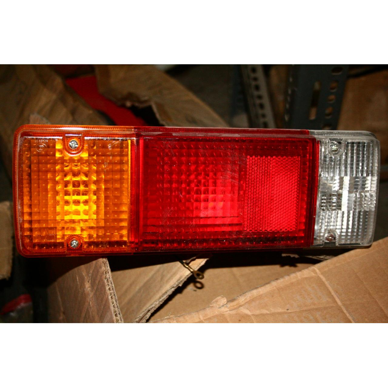 Cheap COMBINATION TAIL LAMP LH ASSY-FAW for sale