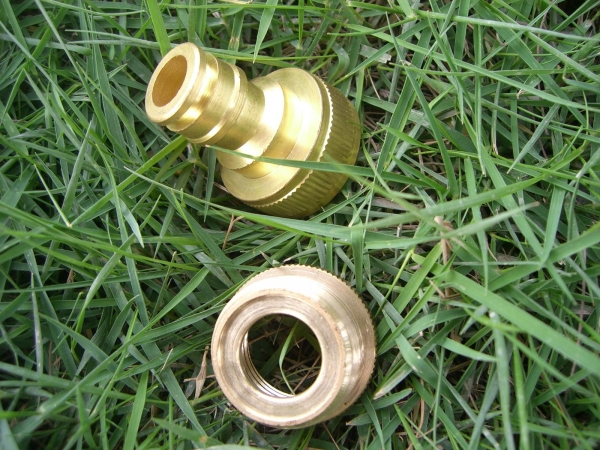 Quality 1/2-3/4 brass hose connector wholesale