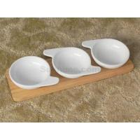 Servingwithwoodentray H10079