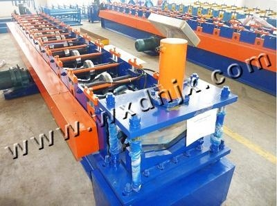 Quality Roof gutter machine sink water stop plate molding equipment wholesale