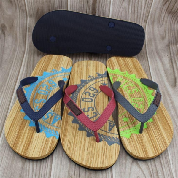 Quality Fashion New Summer Buy Plastic Flip Flops Slippers wholesale
