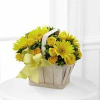 The FTD Uplifting Moments Bouquet S38-4406